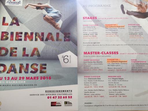 Photo publicité de la ville sur la participation de l'école à la biennale de la danse